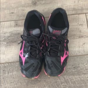 Mizuno Wave Lightning volleyball shoes, size 8.5